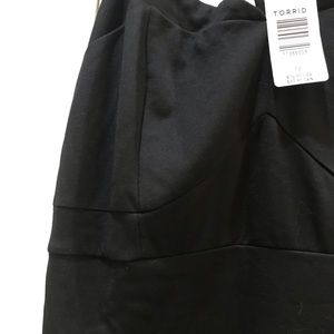 torrid Dresses - NWT Torrid Asymmetrical Ponte Dress